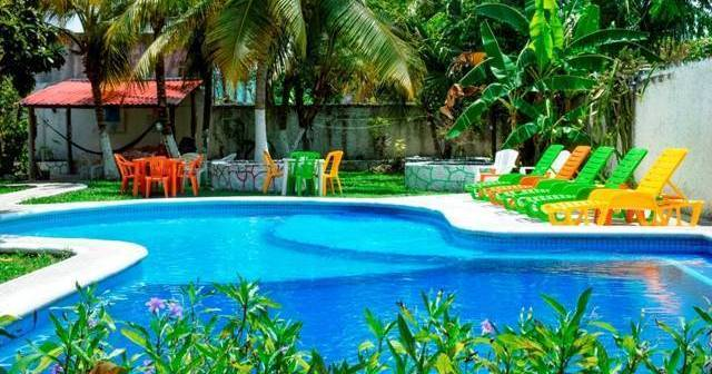 cheap hotels in Cozumel