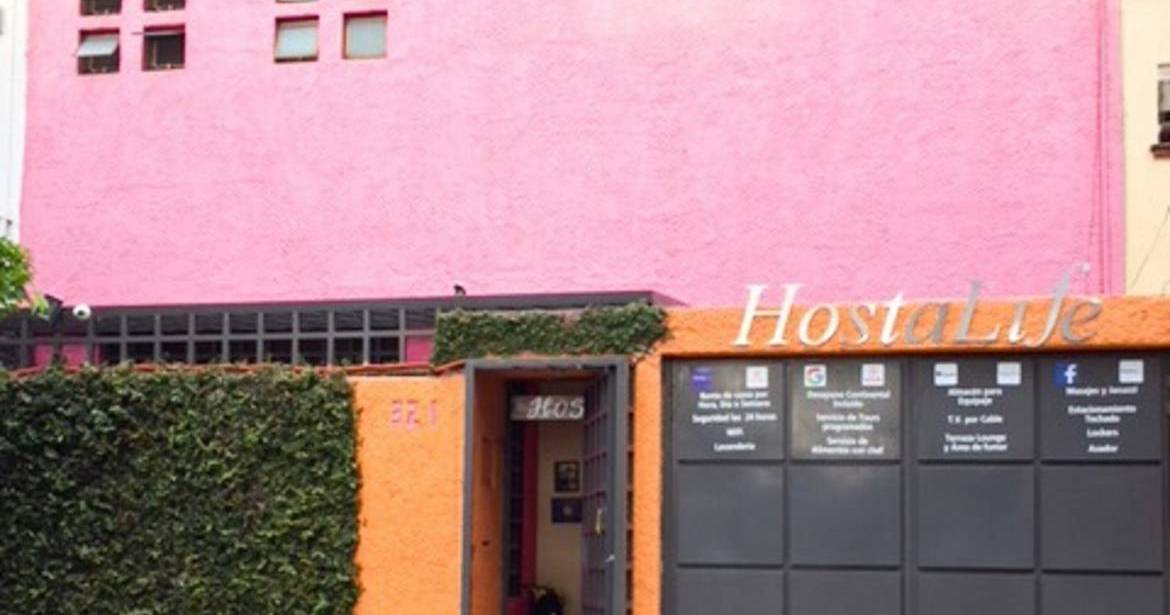 Make cheap reservations at a hotel like Hostalife